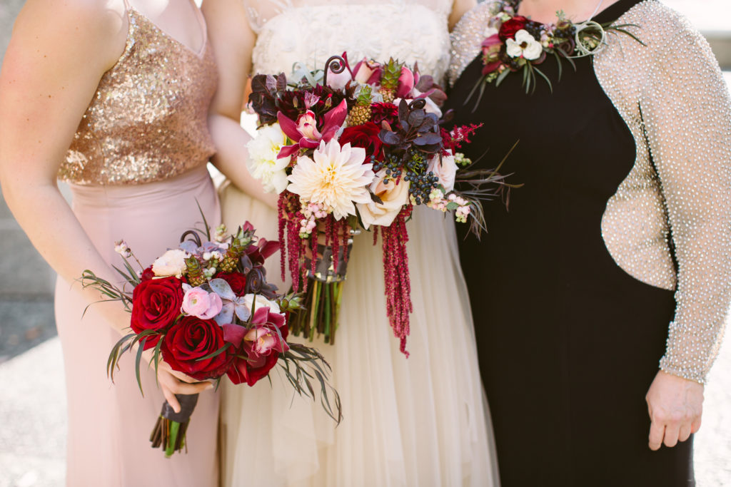 bridal party flowers floral details bouquets fall wedding pittsburgh